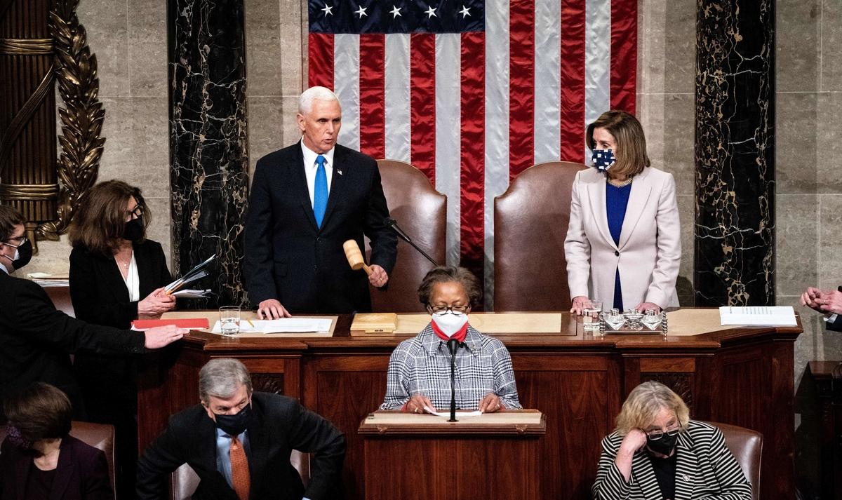 Congreso de EE.UU. busca destitución o impeachment para Trump mientras el FBI denuncia planes de milicias armadas y más disturbios