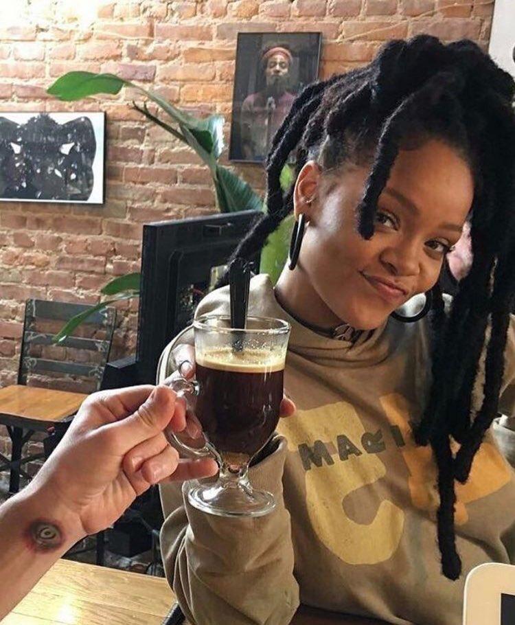 Tomar dos tazas de café al día reduce la mortalidad un 44%, según estudio