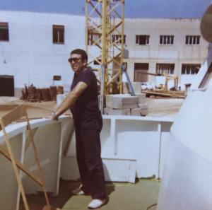 1977 Eugenio Denegri a Mazara del Vallo al momento della presa in consegna della Motonave per conto del Ministero di Grazia e Giustizia