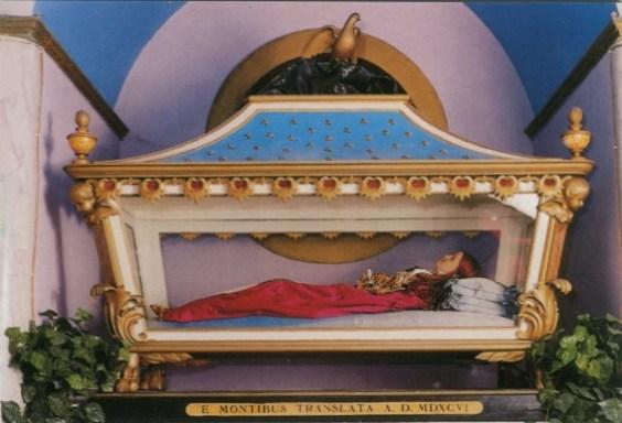 La statua della santa
