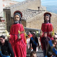 "Processione dei ""Santuna"" - Aidone (EN)"