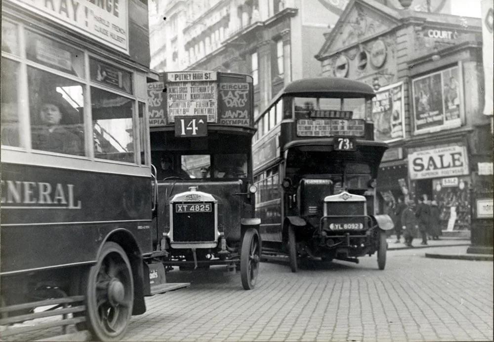 Past & Present: London, England Photographs 24