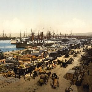 Past & Present: Photographs of Marseille, France 15