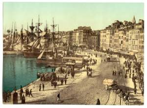 Past & Present: Photographs of Marseille, France 21