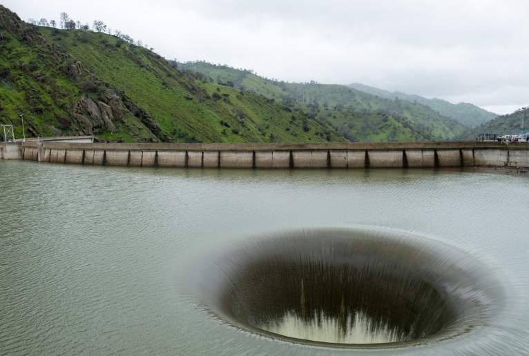 Reservoir Hole