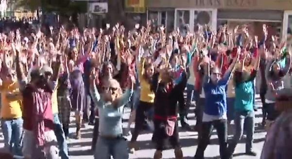 http://www.tlvfaces.com/13-inspiring-moments-of-chanukah/