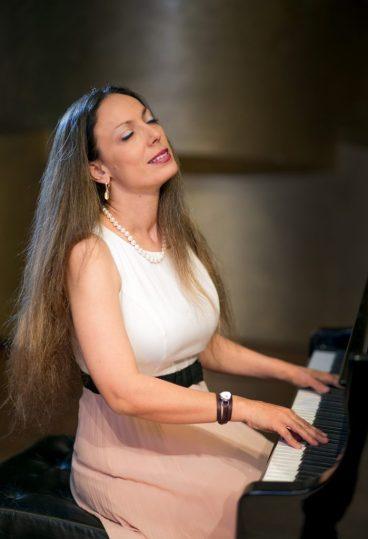 Пианистка Орит Вольф. Фото: Хаим Камхи