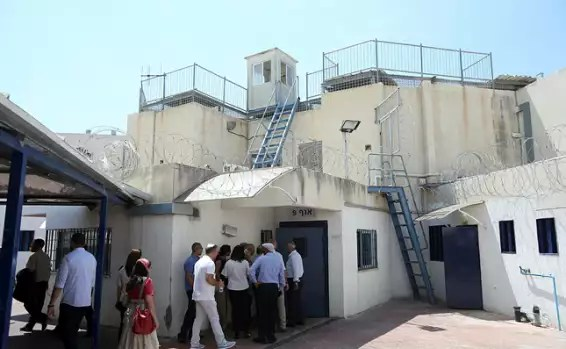 """הסנגוריה הציבורית: """"חפים מפשע יושבים בכלא"""""""
