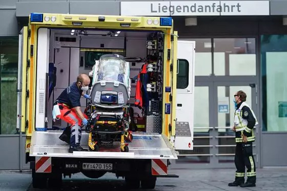 Nablani is brought in for medical treatment in Germany // Photo: EPI
