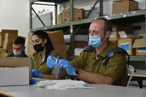 Preparations for the military vaccination campaign // Photo: IDF Spokesman