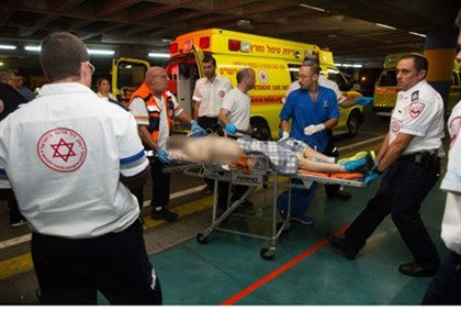 Wounded from Binyamin shooting attack transported to Shaarei Tzedek