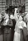 В 1939-м очень многие украинцы и евреи (в отличие от поляков) с восторгом встречали Красную армию — пришли наши, наконец, заживем