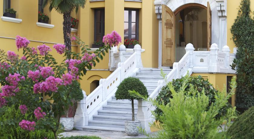 four-seasons-hotel-istanbul-at-sultanahmet-13898739