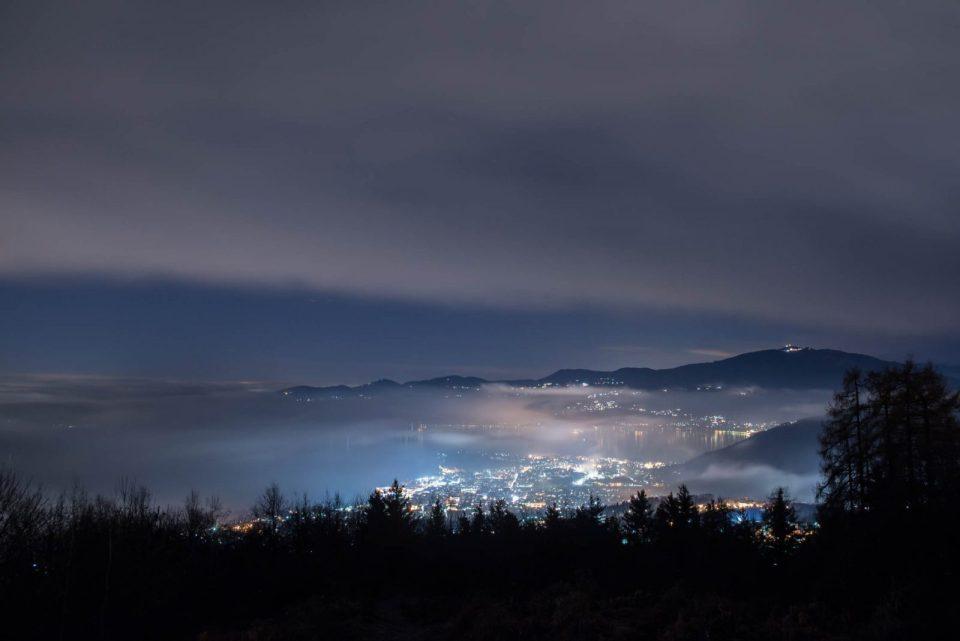 Verbania di notte - San salvatore - Ecco dove andare - punti panoramici verbania - lago maggiore dove andare
