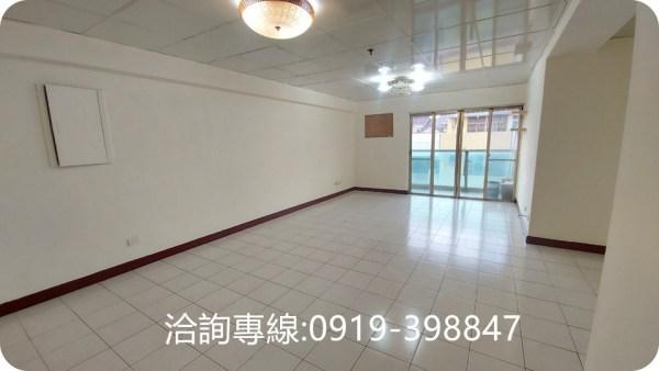 北屯-松竹好市多邊間大3房 室內44坪 可改4房