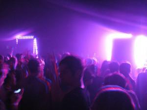 crowd-shot-2-optimo-set-2_1229x922