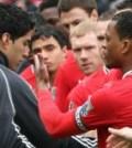 Luis-Suarez-and-Patrice-Evra-handshake-Manche_2716908