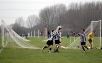 Hackney+Marshes+Hosts+Weekly+Sunday+League+JE1Qpw6upRYl