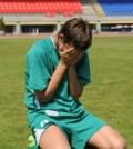 sad-soccer-player
