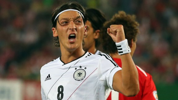 Mesut Ozil has made the right decision in joining Arsenal, says Germany's Oliver Bierhoff - video