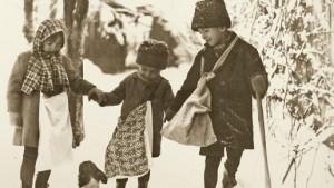 craciunul interbelic obiceiuri traditii