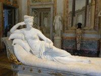 Venus Victrix, statuia remarcabilă care onorează frumusețea Paulinei Borghese Bonaparte