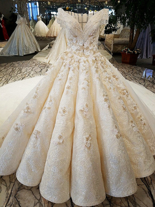 Off The Shoulder Ball Gown Wedding Dress Plus Size Bridal Gown