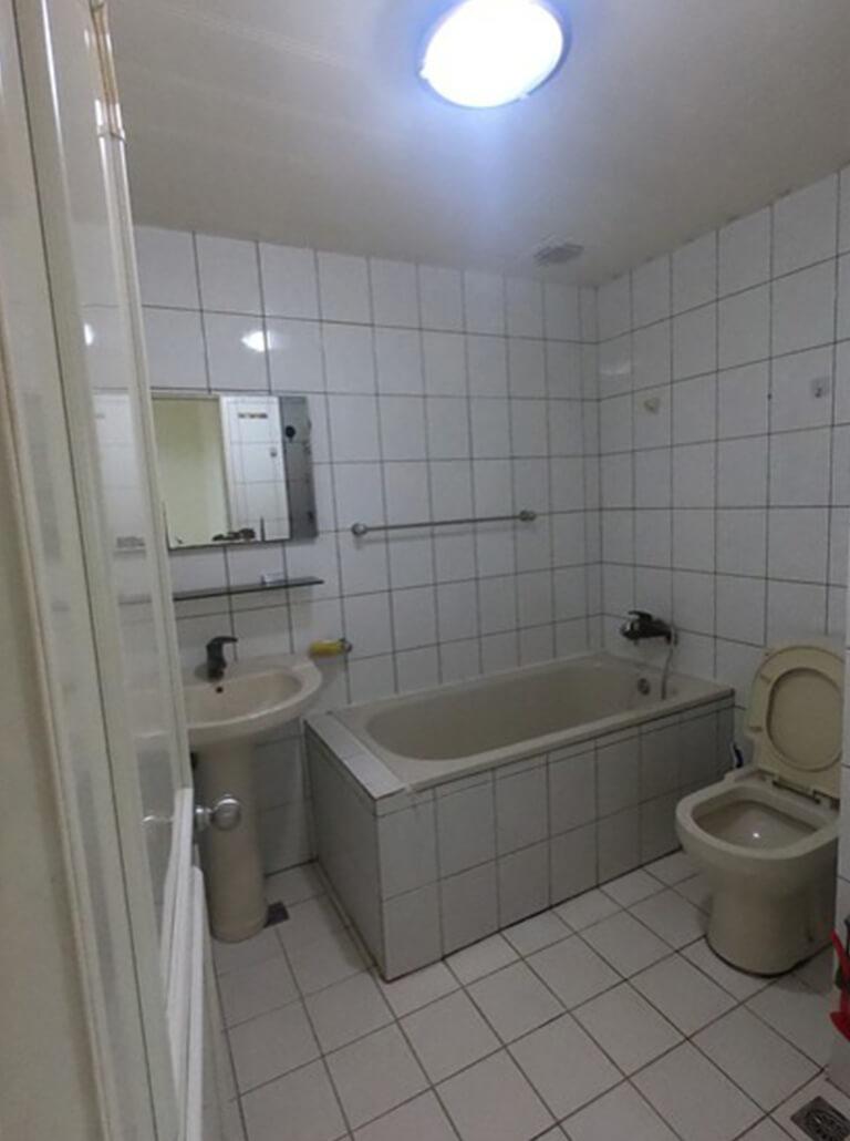 開箱-老浴室翻新、乾濕分離、淋浴拉門分享