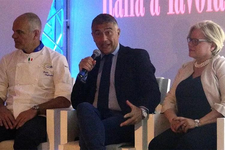 Enrico Derflingher, Alfonso Pecoraro Scanio e Loredana Capone - I cuochi in squadra per il Made in Italy Pecoraro Scanio sostiene Euro-Toques
