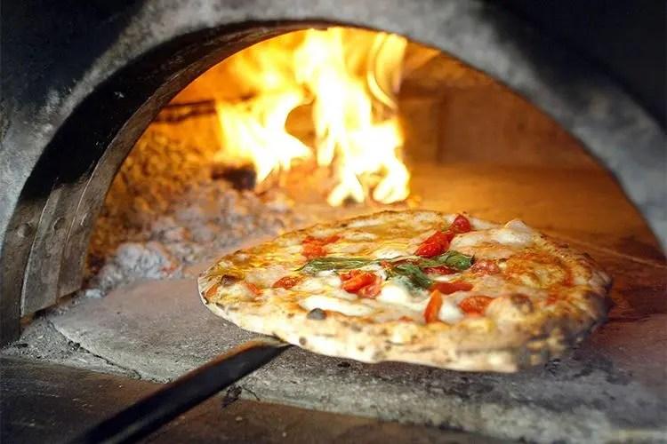 Da Kuma Forni I Modelli Rotanti Per Cuocere La Pizza In Modo