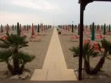 spiagge accessibili - Grosseto, ombrelloni e lettini gratis per i disabili