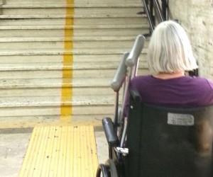 metro inaccessibile 300x250 - Roma, ragazzo disabile bloccato in metropolitana: condannati Atac e Comune