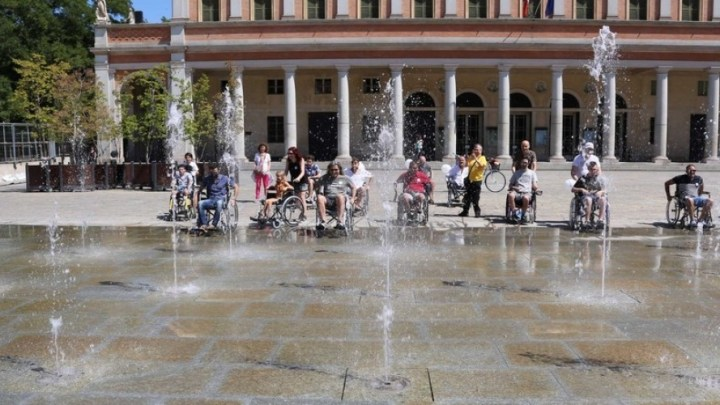 La Skarrozzata a Reggio Emilia per sensibilizzare sulle barriere architettoniche
