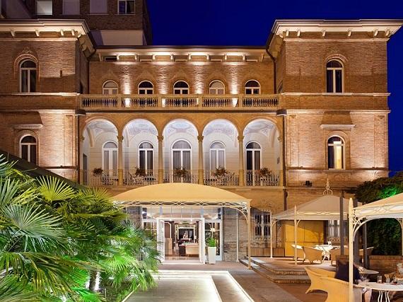 Ambient Hotel Villa Adriatica - Emilia Romagna - Italy