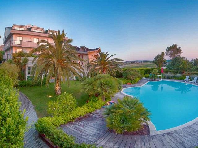 Ambasciatori hotel Pineto - Abruzzo