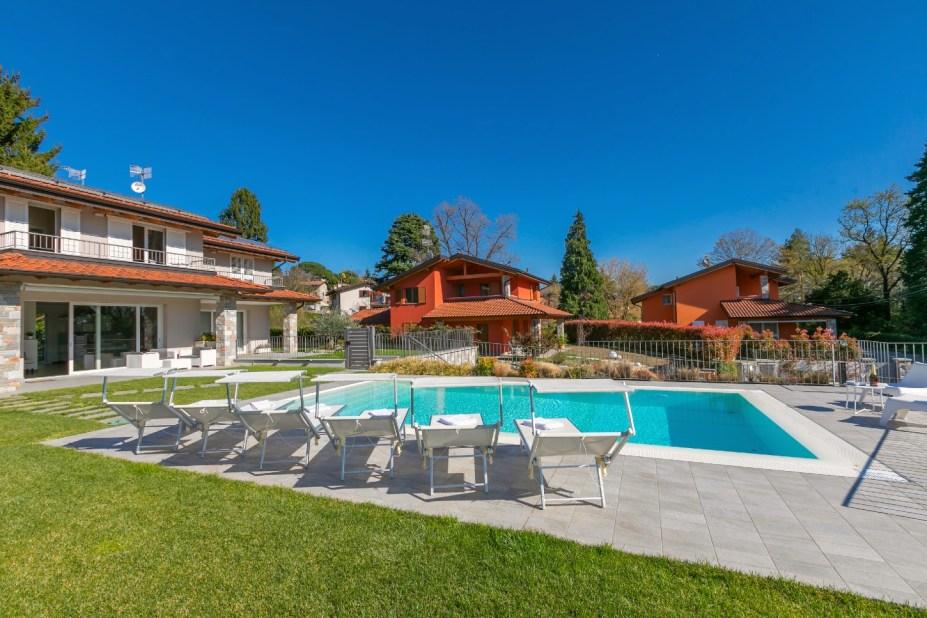 vakantiehuis met zwembad lago maggiore