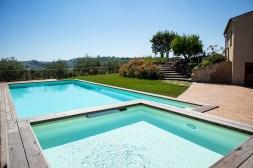 Prive-zwembad en kinderbadje