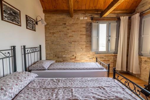 Slaapkamer met twee 1-persoonsbed (appartement 2)