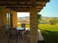 Vakantiehuis Falerio | Terras met prachtig uitzicht