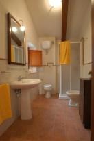 Appartement Giotto | Badkamer met douche