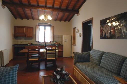 Appartement Botticelli | Woonkamer met zithoek en eethoek