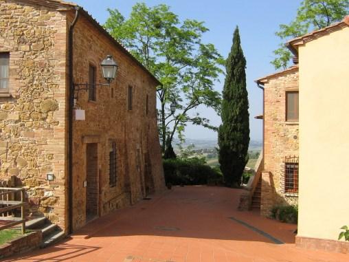 Appartement Botticelli | Het appartement ligt op de eerste verdeiping van het gebouw aan rechts