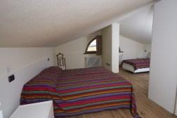 Slaapkamer 4 met 2-persoonsbed + 1-persoonsbed