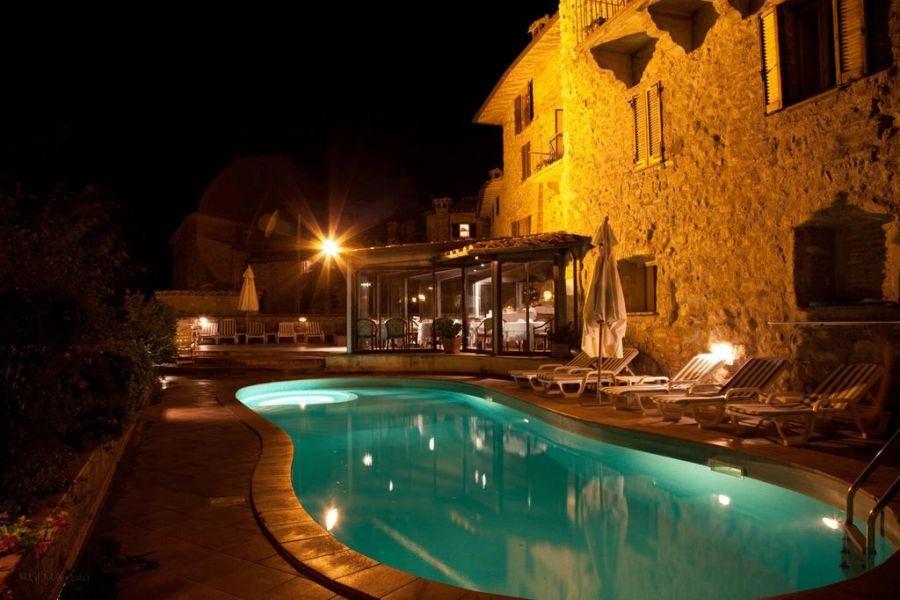 Offerte di Capodanno Hotel a Castel Rigone Lago Trasimeno