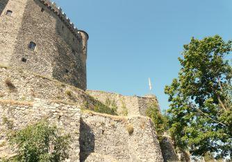italiainpiega-pieghe meravigliose-itinerari-moto-nord-italia-passo del lagastrello-castello malaspina fosdinovo2