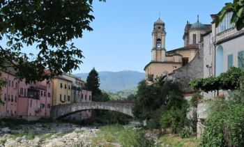italiainpiega-pieghe meravigliose-itinerari-moto-nord-italia-passo del lagastrello-pontremoli