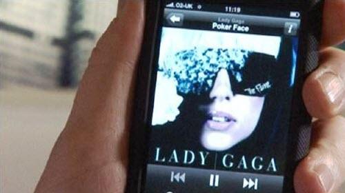ladygaga iPhone 0001 Lady Gaga: Secondo alcuni rumors sarà la prossima testimonial del nuovo iPhone 4G