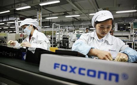 Foxconn 002 Foxconn ha deciso di aumentare i prezzi, liPhone 4 potrebbe subire un aumento di prezzo