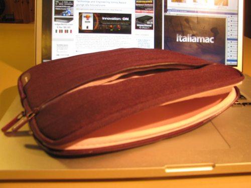 IMG 1485 500x375 Pleat Sleeve di Belkin: morbide pieghe per proteggere liPad