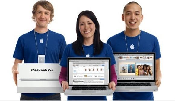 142950 retail store staff mbps Apple potrebbe eliminare software e periferiche dagli scaffali dei Retail Store